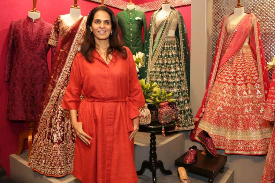 Anita Dongre Net Worth Age Height Husband Kids Facts Make Facts